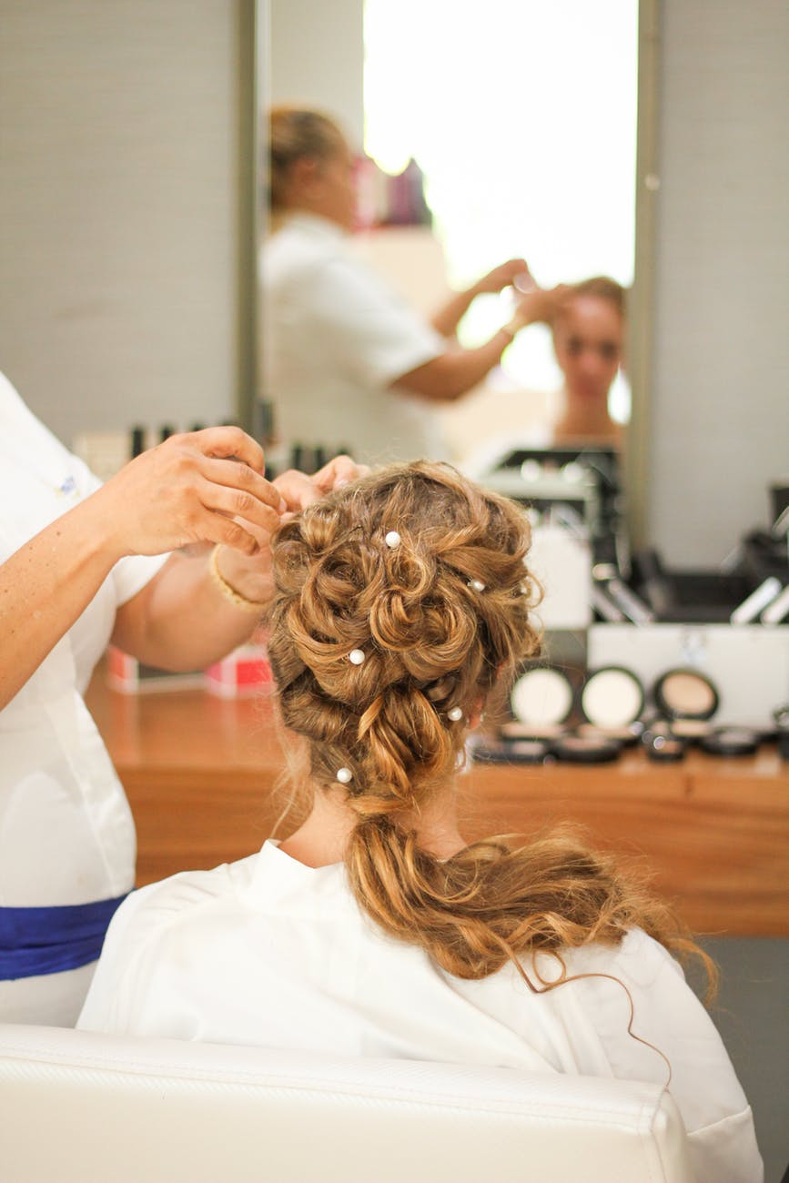 Why Your Brides Should Pamper Themselves Before A Wedding
